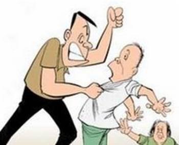 河北一男子医院病房内多次掌掴父亲 已被警方抓获