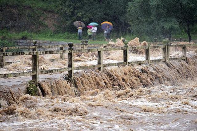 河北发布地质灾害气象风险预警 这些地方的人注意