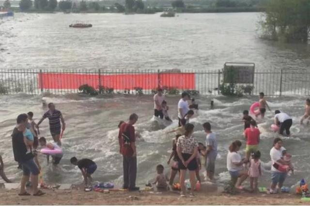 紧急提醒:岗南黄壁庄水库正在泄水 请远离河道