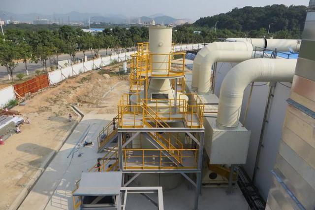 邢台首个大型垃圾压缩转运站试运行 自动喷淋除臭