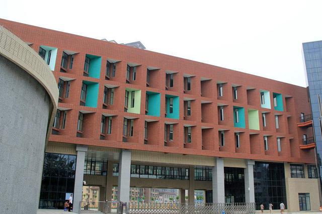 沧州加快提升中小学校舍 目标调整为12万平方米