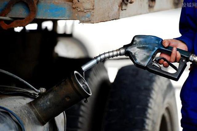 公然兜售非标调和油 黑加油站为何屡禁不绝