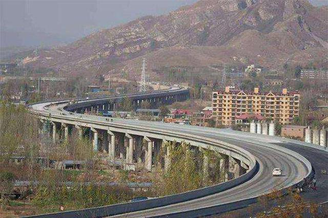 太行山高速公路邢台段主线贯通 全线长83.7公里