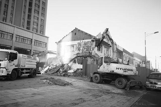 遵化42处违建被拆除 15天攻克遗留12年拆迁问题