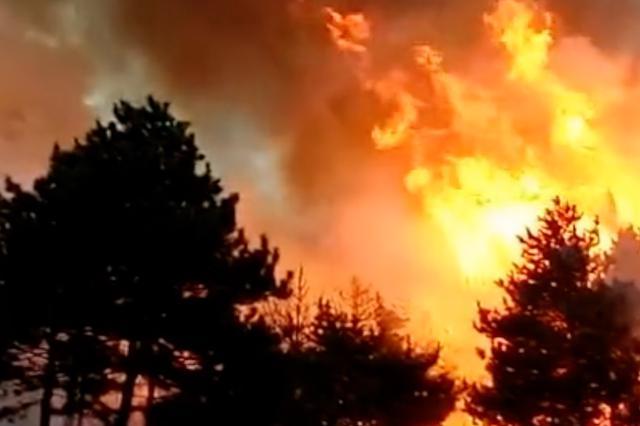 河北平泉山火被扑灭:无人伤亡 嫌疑人被控制