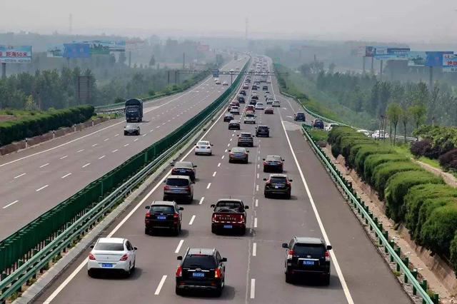 五一假期河北高速车流量研判 易拥堵路段公布
