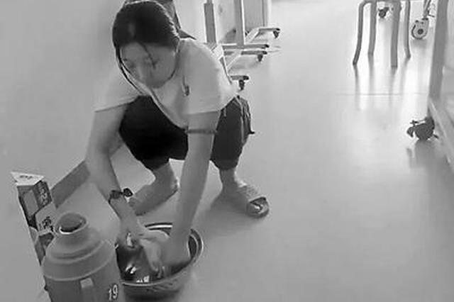 17岁孝女放弃高考捐髓救母 救妈妈只有这一次机会