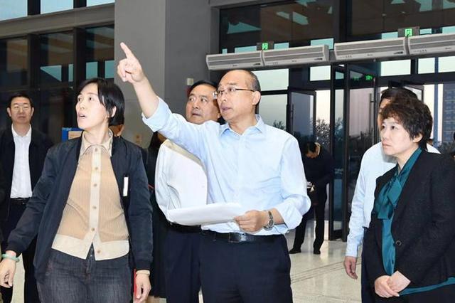许勤现场检查调度2019中国国际数字经济博览会筹备工作