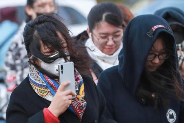 京津冀等地降温4至8℃ 东南沿海有中到大雨