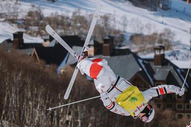 河北崇礼举办国际雪联顶级赛事
