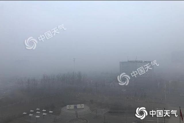 """河北发布今年来首个大雾红色预警 春节期间霾将频繁""""现身"""""""