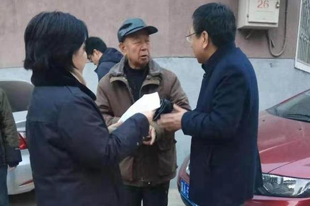 """【新春走基层】石家庄棉三社区有个""""爱管闲事""""的""""田司令"""""""