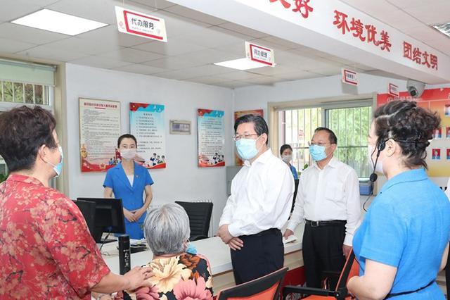 王东峰:坚持党建引领,筑牢基层疫情防控的坚强堡垒