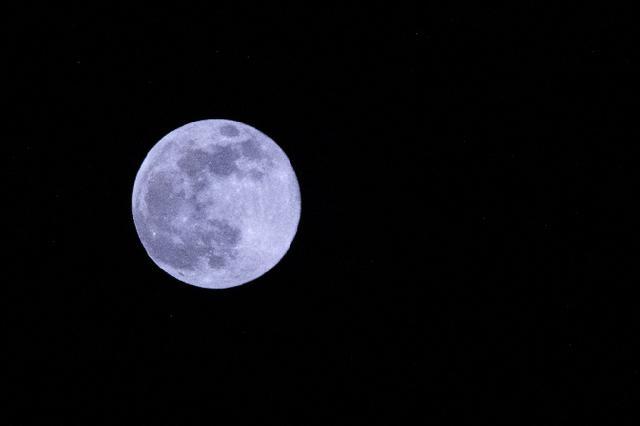 """100年仅出现6次!这次""""十五的月亮十四圆"""",最圆时刻出炉→"""