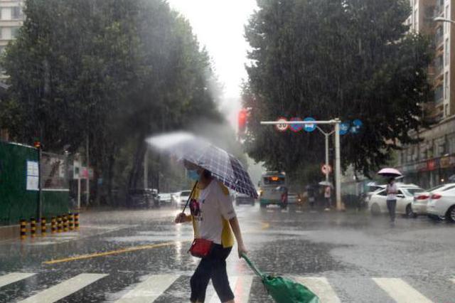华北南部黄淮等地有强降雨 江南江淮等地有高温天气