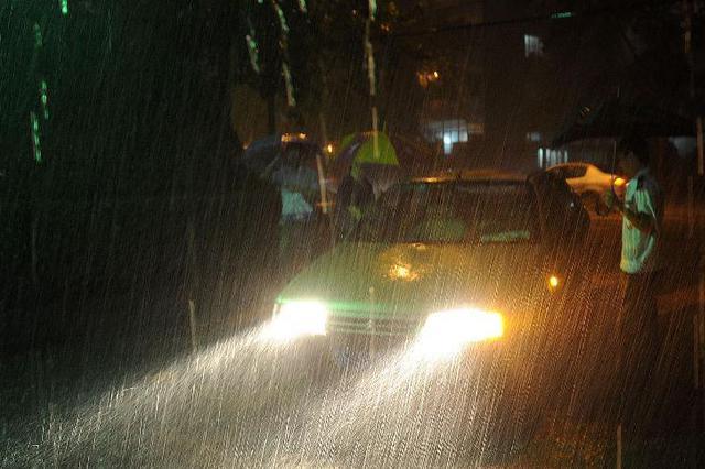 京津冀等地今日有大暴雨 局地有雷暴大风