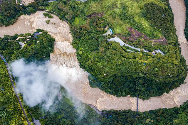 贵州黄果树瀑布迎来2020年入汛最大水量