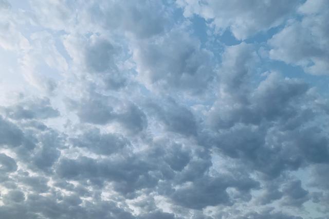今天晴朗持续,明天中北部有雷阵雨!