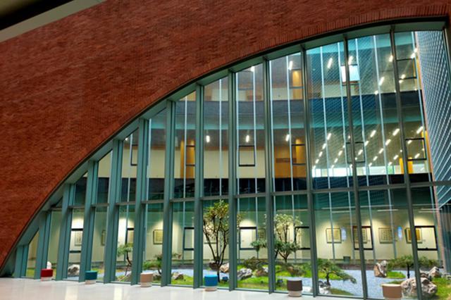 9月30日起石家庄图书馆新馆试运行对外开放