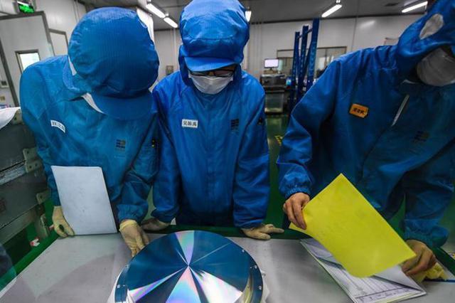 """""""最缺工""""67.9%在制造业 部分岗位蓝领工资超过大学生"""