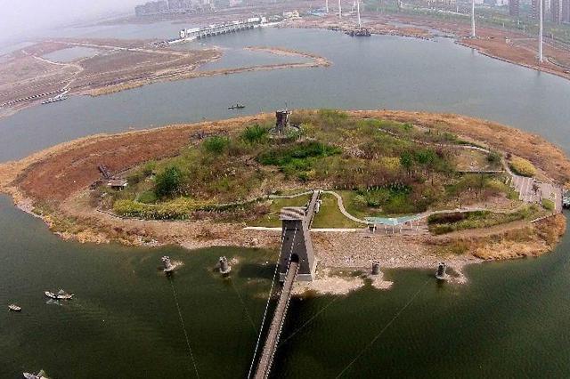 河北三河两名男子穿越警戒带进入潮白河欲进京,警方:行政处罚