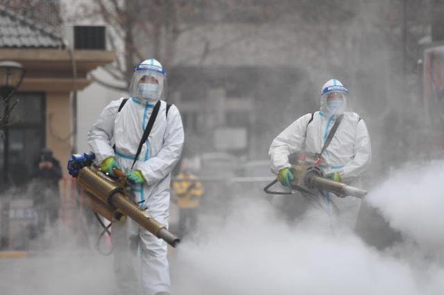石家庄:社区防疫消杀进行时