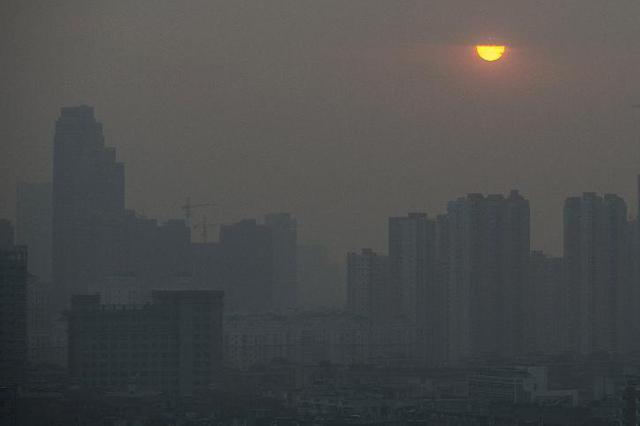 河北唐山启动重污染天气应急响应,钢铁等企业强制性减排限产