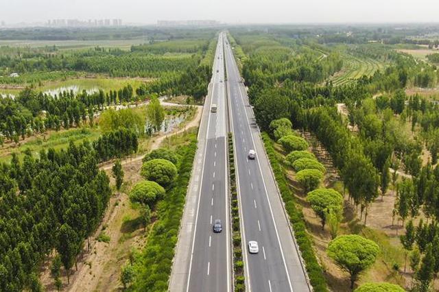 亚洲最大!京雄高速白沟河特大桥超高性能混凝土铺装过半