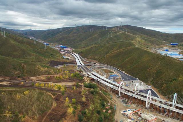 延崇高速河北段将打造智慧公路