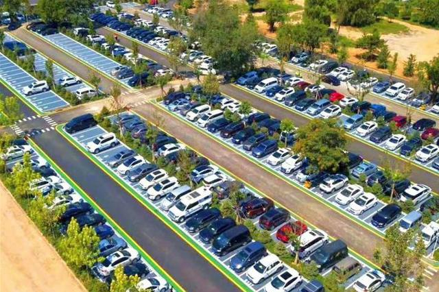 河北持续改善城市停车环境 今年新增20万个城市公共停车位