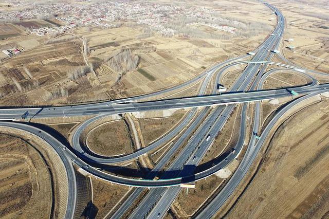 五一环京高速车流将大涨八成!比2019年还多
