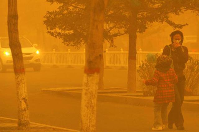 沙尘暴蓝色预警继续发布:京津冀等13省份有扬沙或浮尘天气