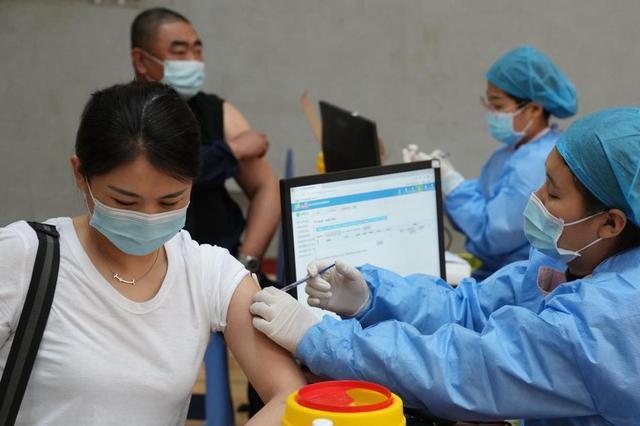 河北唐山:有序开展新冠疫苗接种