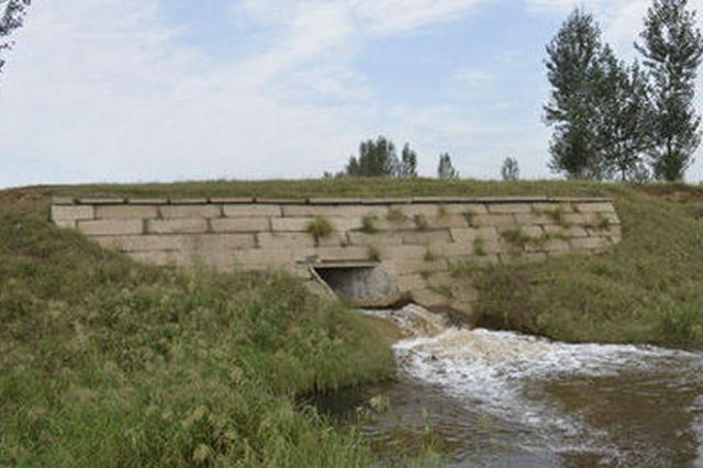 河北易县北易水河现58年最大洪水 目前暂无人员伤亡