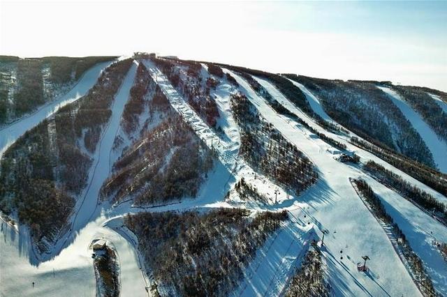 冰雪引领发展 绿色赋能未来——张家口全力推进冬奥会筹办和本