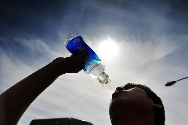 """中暑也分""""阴""""和""""阳"""" 调理脾胃减少中暑风险"""