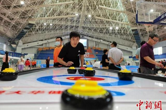 河北衡水建成市县两级滑冰场馆17座 实现室内滑冰馆全覆盖