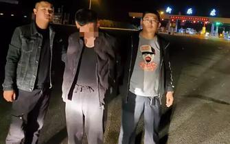 衡水警方抓获一盗窃倒车镜男子