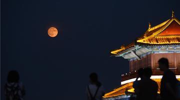 正定:皎皎明月照古城
