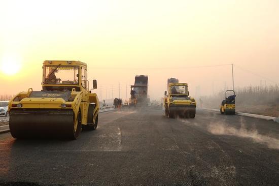 南二环东延工程施工任务重、难点多。 中建河北分公司供图