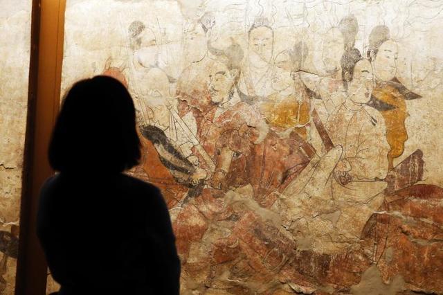 近百件古代壁画作品在上海展出