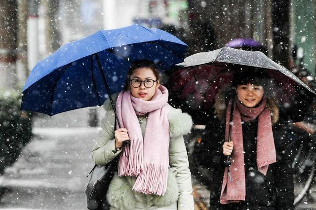 华北北部中部今夜起降雪 北部气温骤降10℃