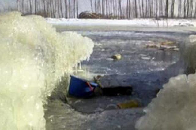 衡水三女童桥头玩耍掉入冰窟溺亡 几里外被发现