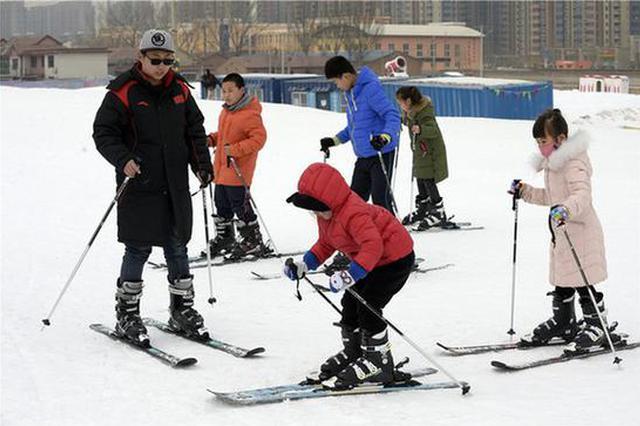 今年河北省人均体育场地面积将达到1.7平方米