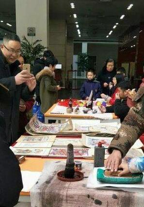 河北省民俗摄影作品展在省图举办