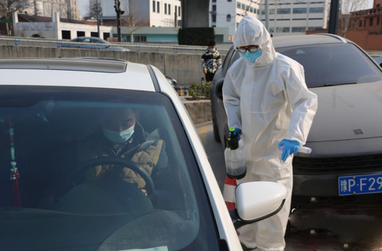 郑州出租车行业积极开展疫情防控