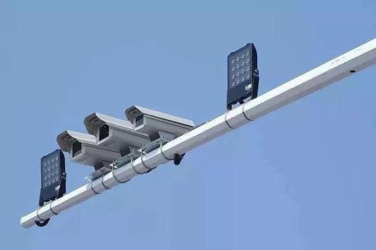郑州新建616套电子抓拍系统!