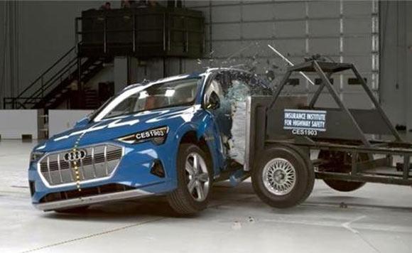 奥迪e-tron获IIHS最高安全评级的电动车