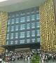 郑州上千大学生为#蹭空调挤爆图书馆#