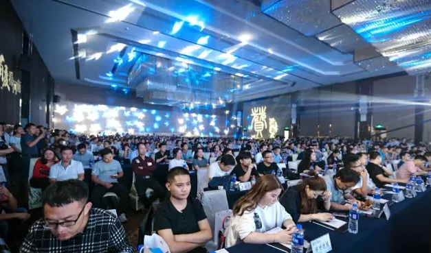 """中国互联网发展""""三十而立"""",科技改变生活"""